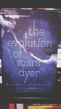 Mara Dyer ~ by Bookalicious
