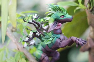 Tree Dragon by vonBorowsky