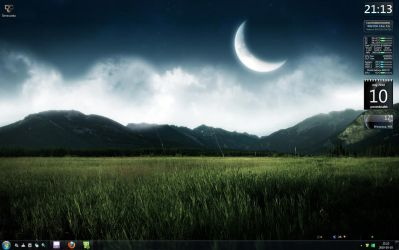 Desktop 05.2010 by faithslayer