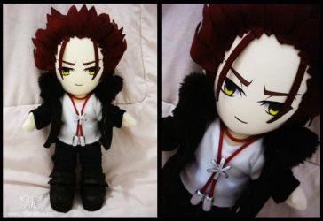 Mikoto Suoh - Red King by renealexa-plushie
