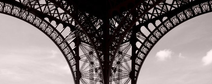 Eiffel Curves by JayBNyze
