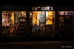 Antiques by peterkopher