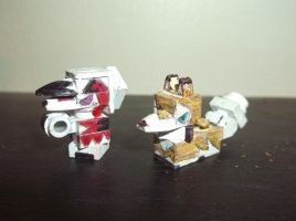 LEGO Pokemon: Lycanroc (Midday and Midnight) by TommySkywalker11