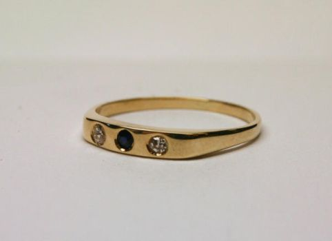 Eternity ring in 14k gold by LARvonCL