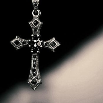 Gothic Cross by DarkCrissus