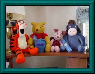 Pooh and Friends Set by Beadknitter