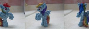 My Little Pony: Glitter Rainbow Dash by heatbish