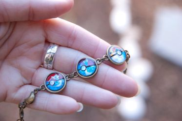 Dratini Evolutions Bracelet by IvrinielsArtNCosplay