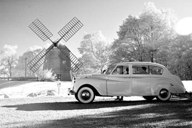 Limo and Windmill by Ceardach
