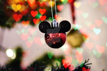 Mickey mouse christmas by Linnette68