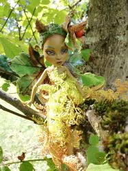 Autumnalis the Fern Fairy by Magic-by-Mie