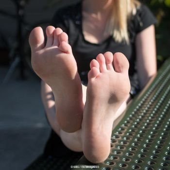 Karli Feet IMG 7616 tagged by FootModeling503