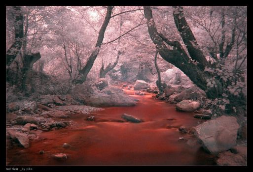 red river by piksBG