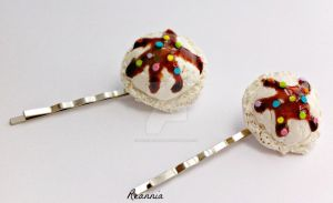 Vanilla Ice cream Hairpins by Rhiannon-San