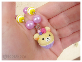 Rilakkuma inspired cupcake candy necklace 2. by decoland