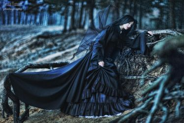 Mourning by Santa-Evita