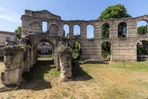 Palais Gallien by CyclicalCore