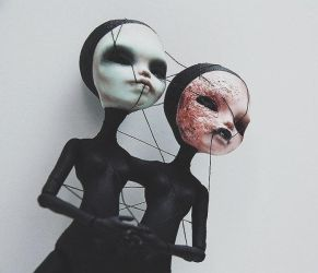 alien twins (FAKE MONSTER HIGH OOAK) by ero-nel