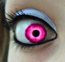 Girly Eye by LoverofFiction
