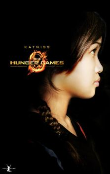 Katniss Everdeen by JoviClaire