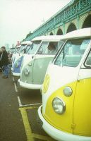 VW Type 2 Splits at Brighton by tonyspencer