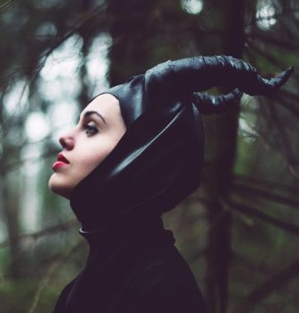 Maleficent by skooomaCat