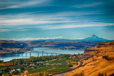Columbia River Gorge - HDR by spazmataz