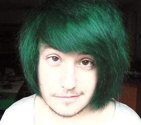 stupid green hair by ToiFactory