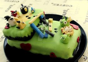 Angry birds-cake by the-cat-eared-one