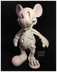 Mickey Monochrome Dissection Sculpt by freeny