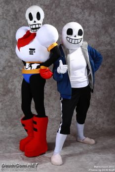 Skelebros at Matsuricon 2017 by FuzzyRedPants