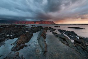 Incoming rain by prperold