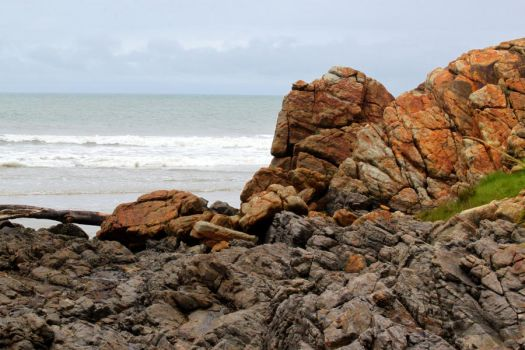 Beach and boulders by ingemosterQ