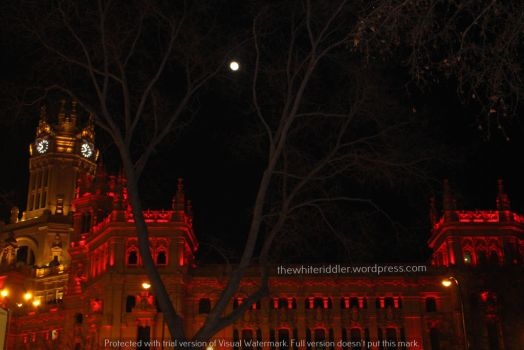 Madrid and the moon by JulesHope