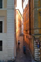 The charm of the alleys of the center of Rome by Book-Art