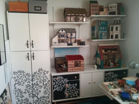 Craft Room: dollhouse corner by kayanah
