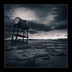 Bombay Beach 02 by perry