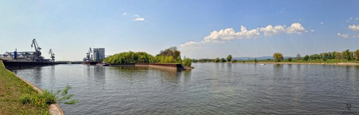 2011.04.22 Hafen Sand  05 by PeriodsofLife