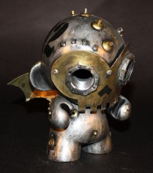Skully Robot Munny-02 by Harris-Built
