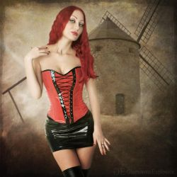 Moulin Rouge by lightplutonium