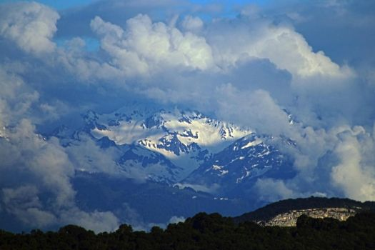 Distant Alps by organicvision