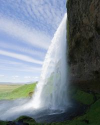 Seljalandsfoss inside by juanmah