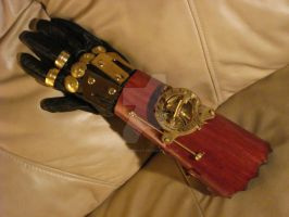 Steampunk Gauntlet by tungstenwolf