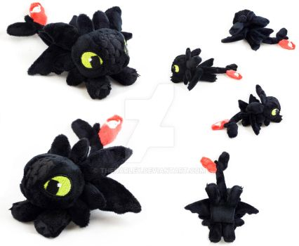 Toothless Plush by TheHarley