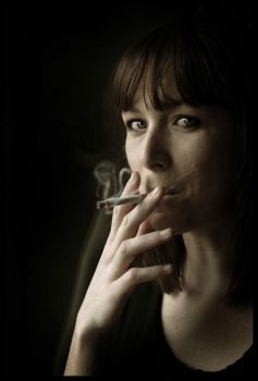 Smoke flower by audeladesombres