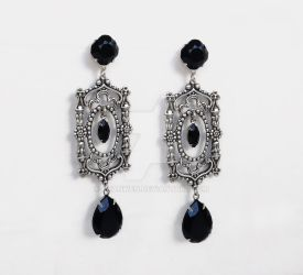 Black Gothic Earrings-2 by Aranwen