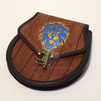 Leather Warcraft Sporran bag with clasp wood grain by RaptorArts