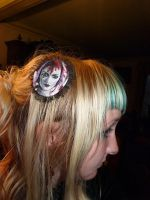 Emilie Autumn painted hairclip by xNatje