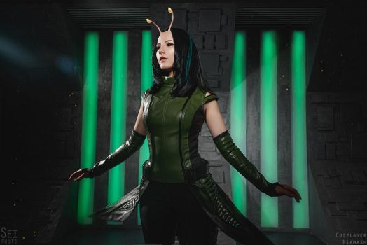 Mantis cosplay 1 (Guardians of the Galaxy vol.2) by niamash