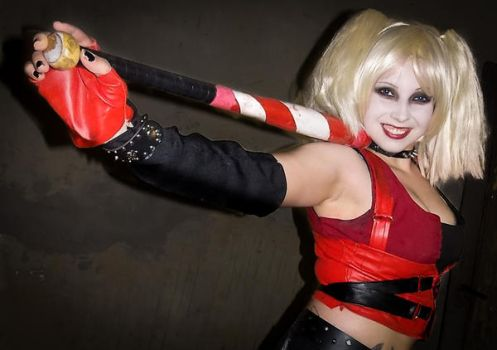 BAC - Harley Quinn - Hey, ho, it's me! by Yami-Oscuridad
